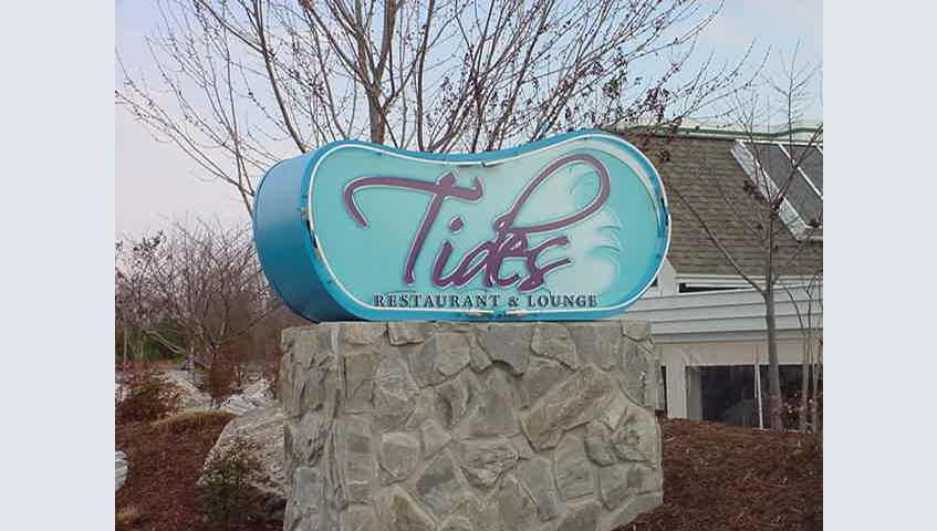 Tides Restaurant Exterior Freestanding Sign
