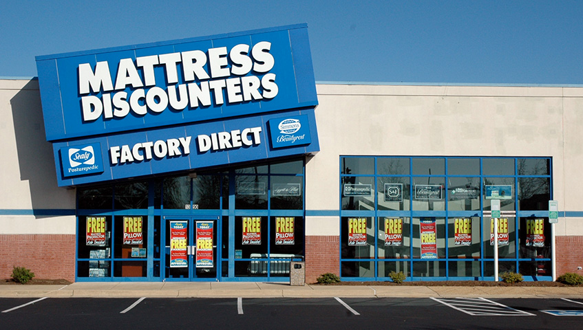 Mattress Discounters Channel Letters